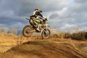 How to Shift On a Coolster Dirt Bike